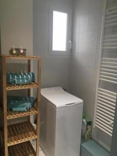 La-belle-gruissanaise-sdb-lave-linge